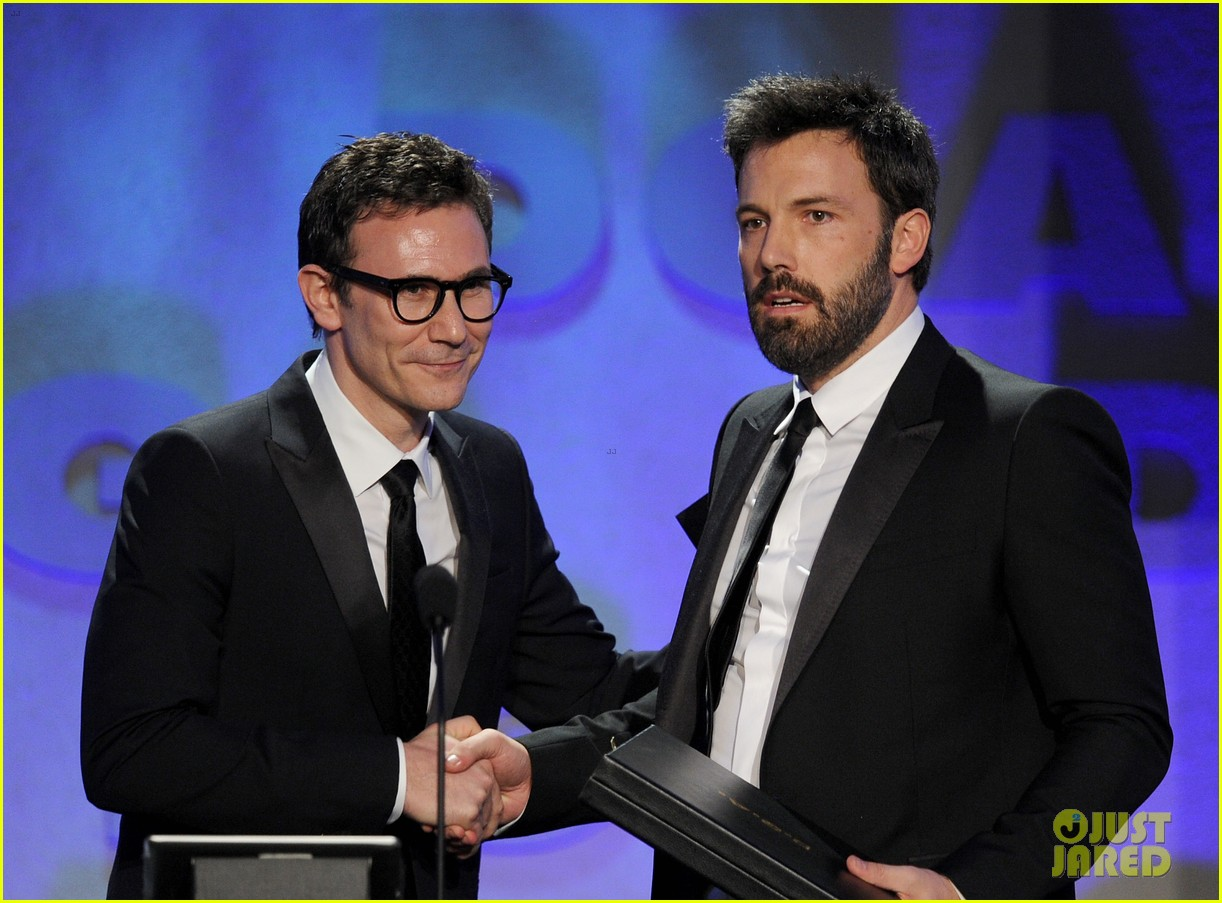 ben affleck wins dga award 2013 despite oscar snub 082803745
