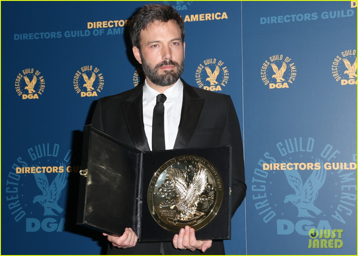 ben affleck wins dga award 2013 despite oscar snub 12