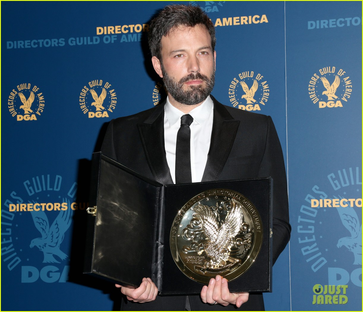 ben affleck wins dga award 2013 despite oscar snub 132803750