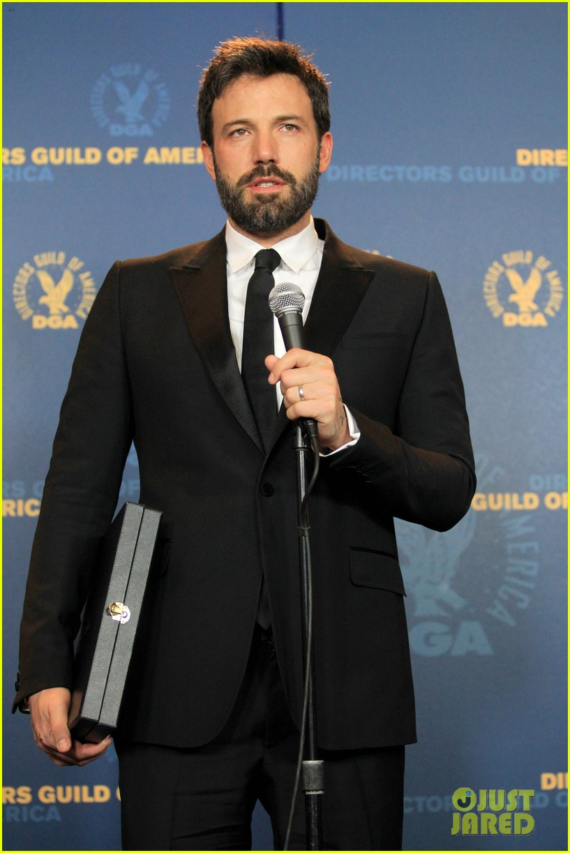 ben affleck wins dga award 2013 despite oscar snub 152803752
