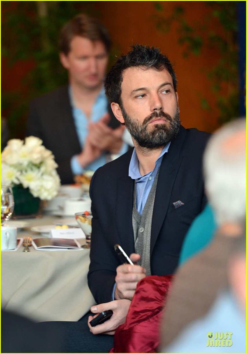 ben affleck directors guild of americas awards presidents breakfast 11