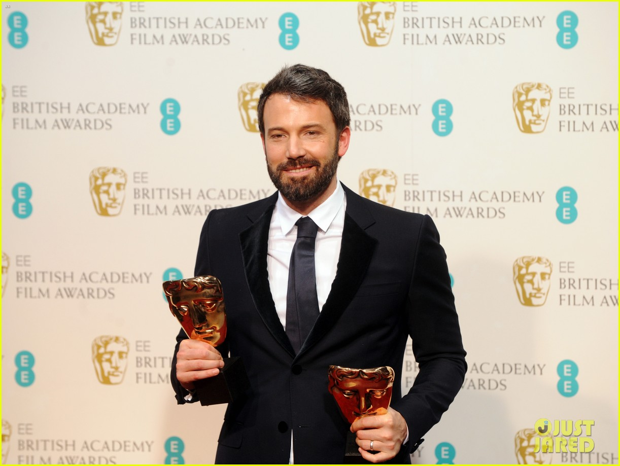 ben affleck wins baftas best director best film 2013 012808991