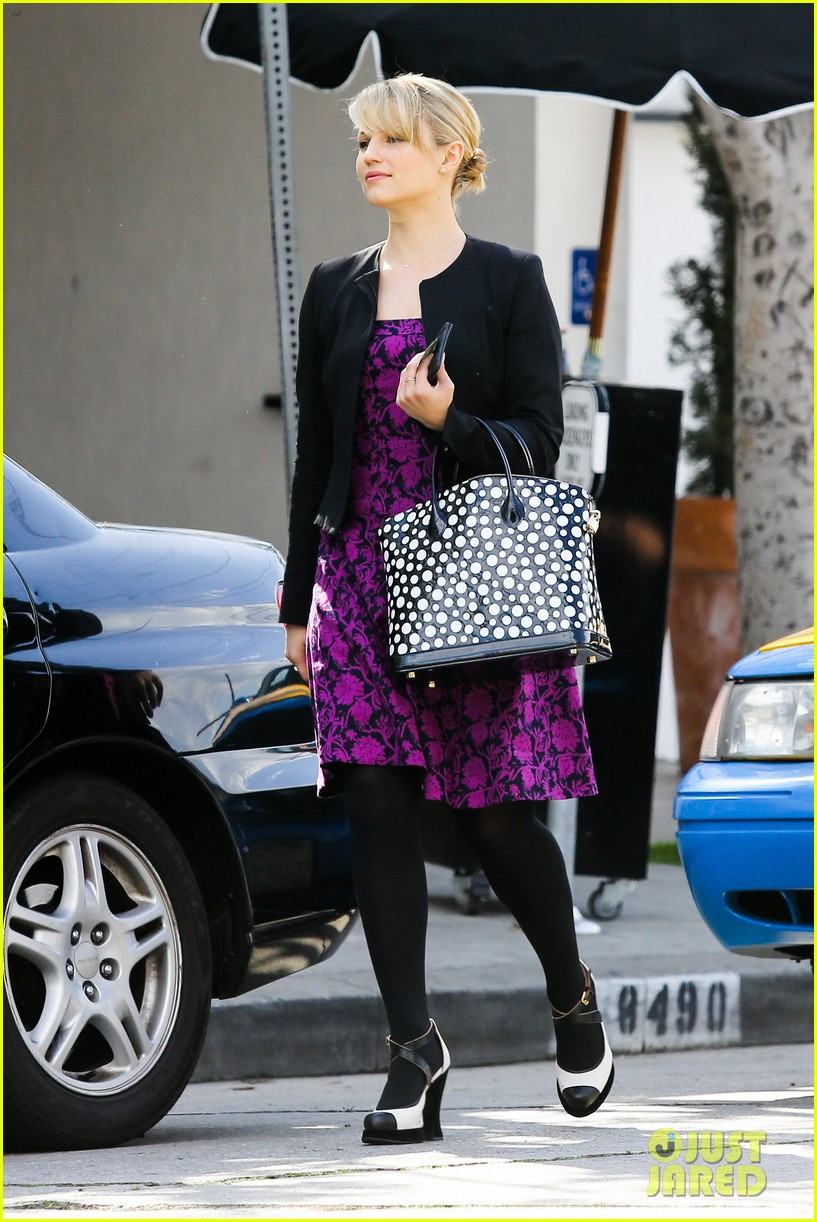 dianna agron i want to see jane lynch broadway debut 032816690