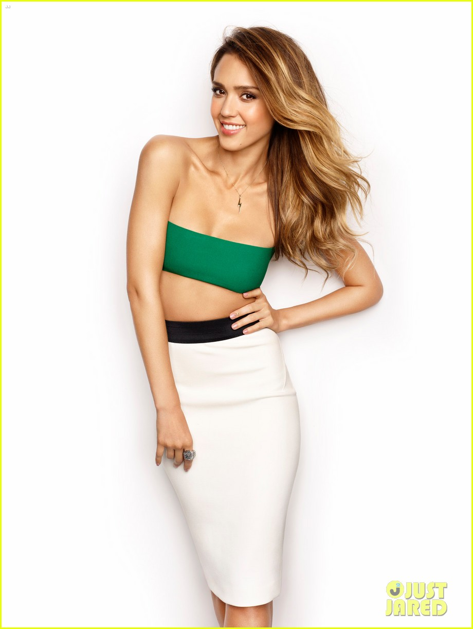 jessica alba covers womens health march 2013 012804612