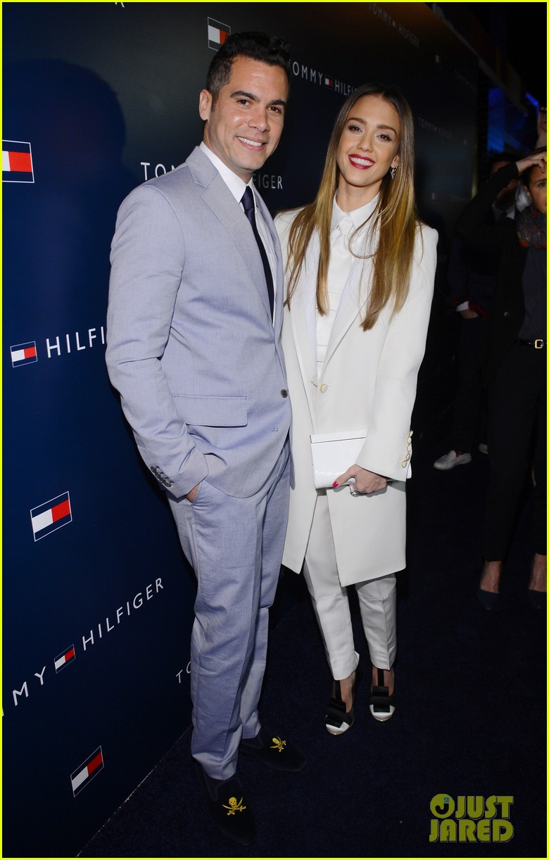 jessica alba drew barrymore tommy hilfiger store opening 052811758