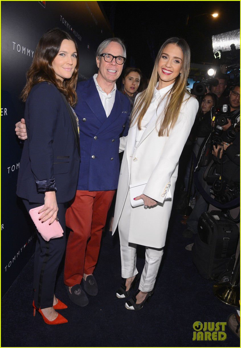 jessica alba drew barrymore tommy hilfiger store opening 112811764