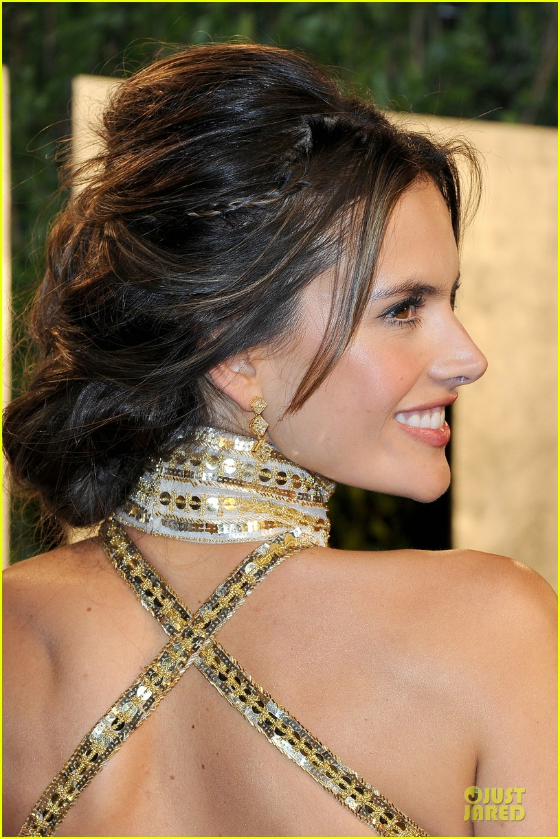 alessandra ambrosio vanity fair oscars party 2013 02
