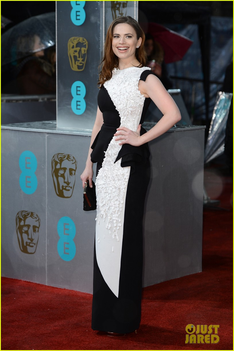 hayley atwell alice eve baftas 2013 red carpet 032809069