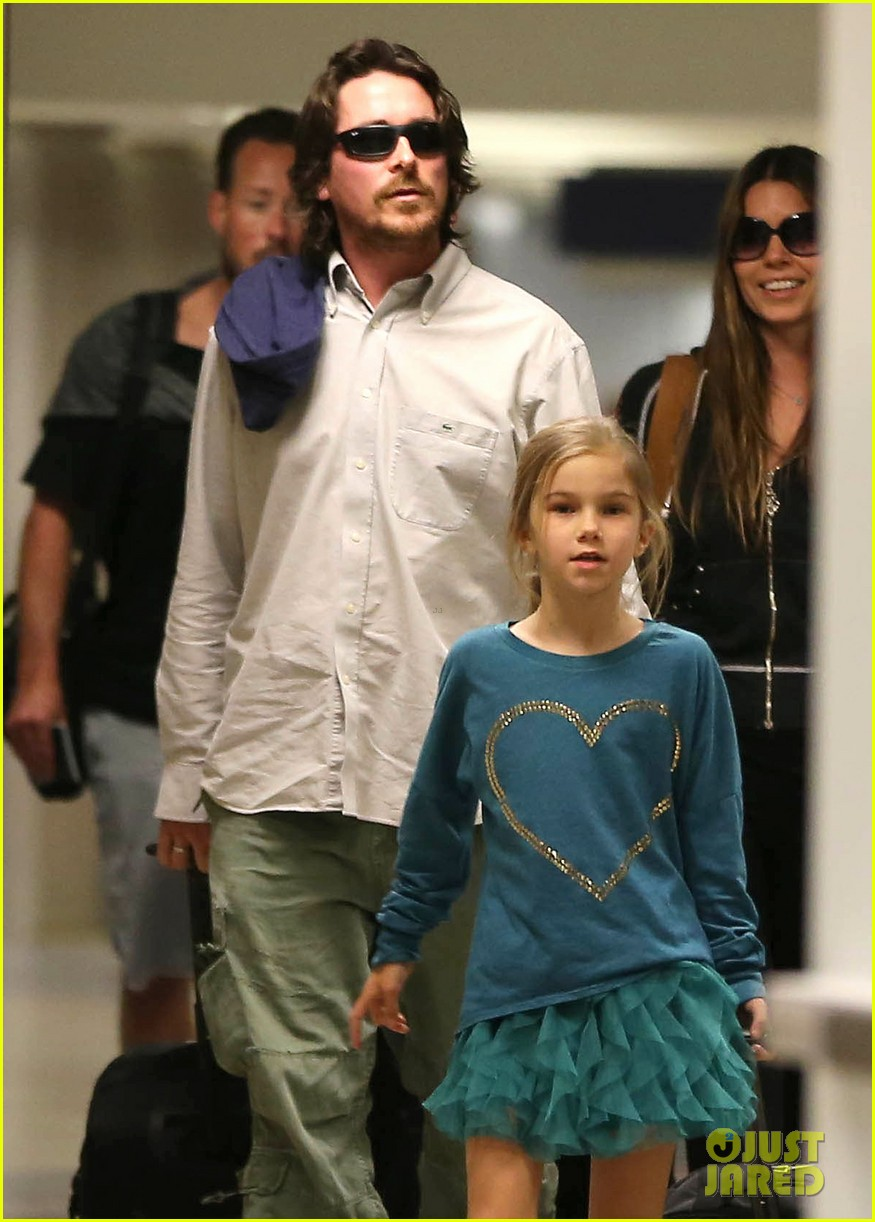 christian bale post birthday family flight 06