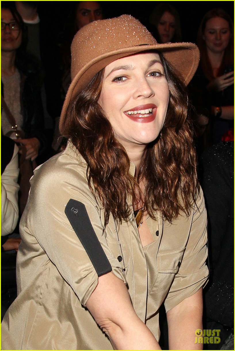 drew barrymore rag bone fashion show 212807582