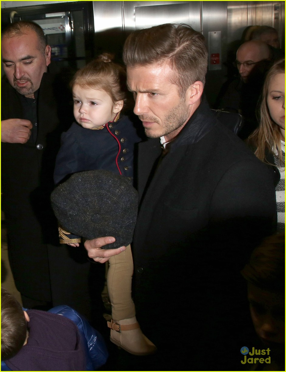victoria david beckham eurostar trip to paris with the kids 022814690