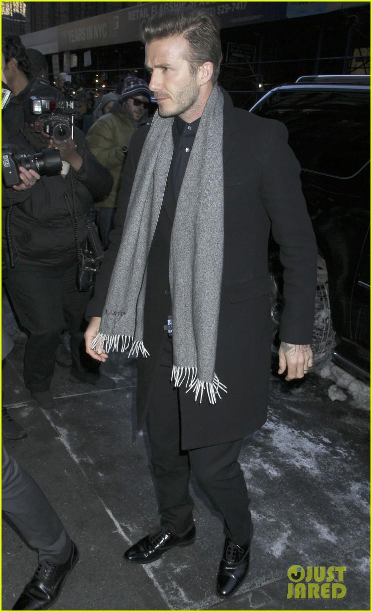 victoria beckham new york fashion week runway show 092809976