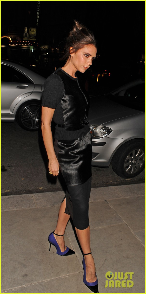 victoria beckham woolmark prize final in london 05