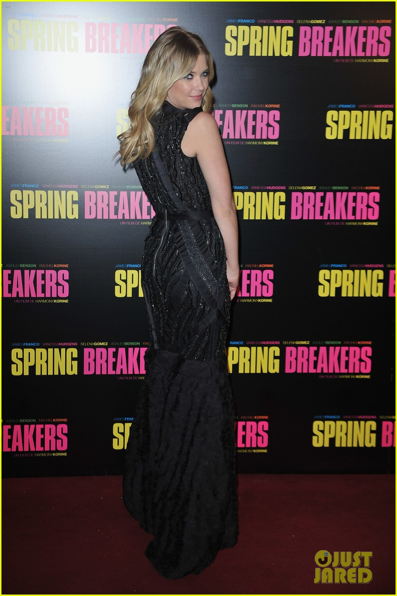 ashley benson rachel korine spring breakers paris premiere 012814572