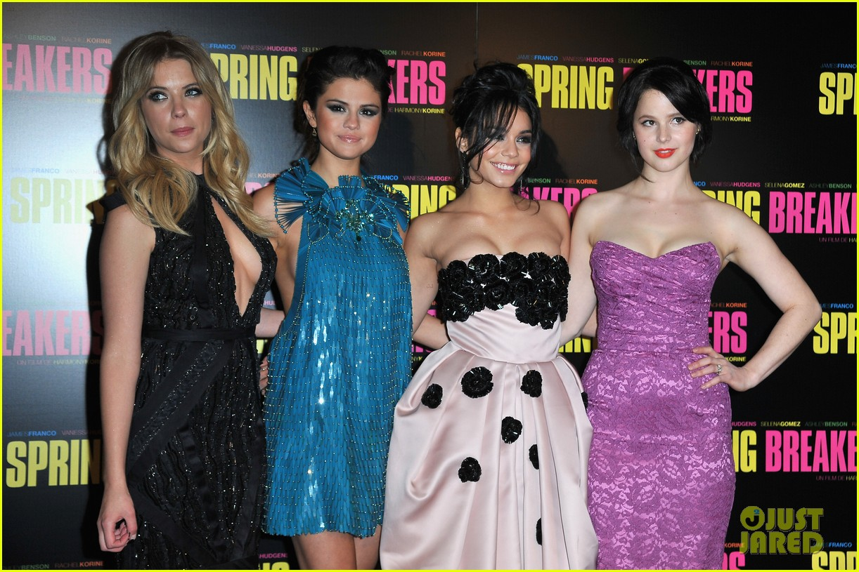 ashley benson rachel korine spring breakers paris premiere 032814574