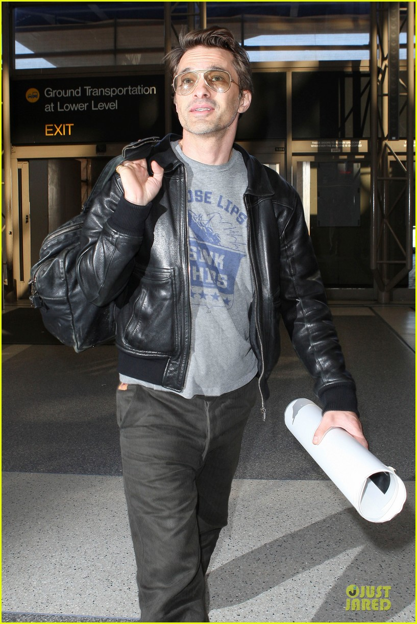 halle berry olivier martinez different airport arrivals 122821477