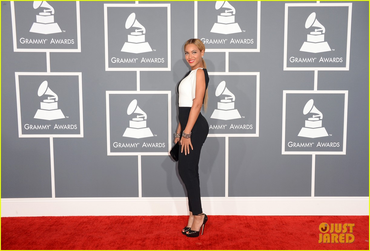 beyonce grammys 2013 red carpet 05