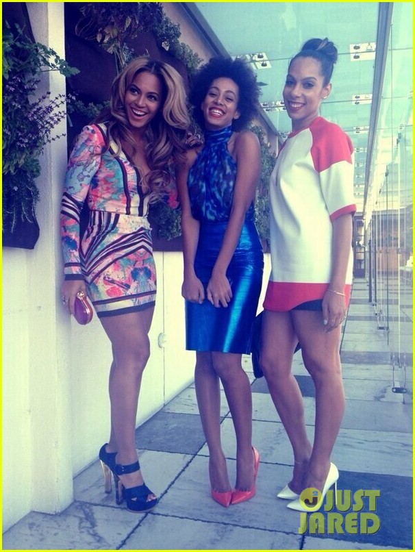 beyonce solange knowles roc nation pre grammy party 2013 01