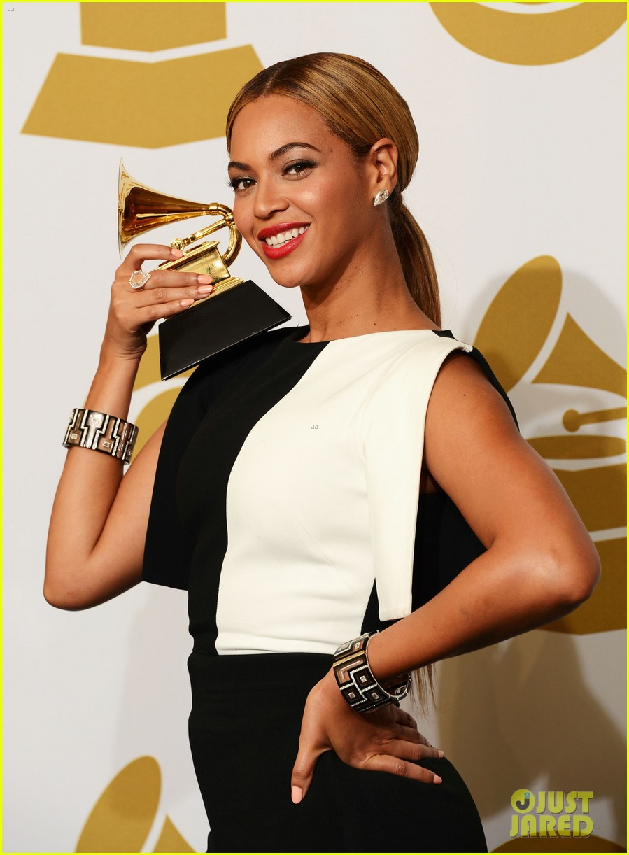 beyonce jay z grammys 2013 winners room photos 032809631
