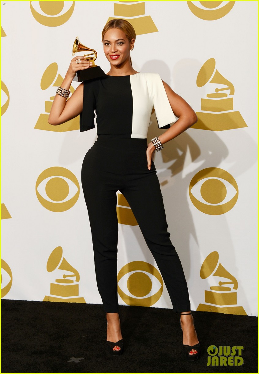 beyonce jay z grammys 2013 winners room photos 082809636