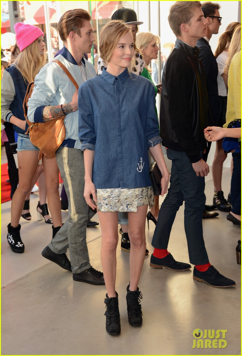 kate bosworth demi lovato topshop grand opening 26