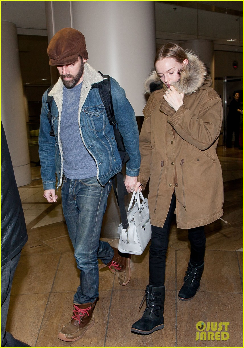 kate bosworth lax arrivial with michael polish 062805265