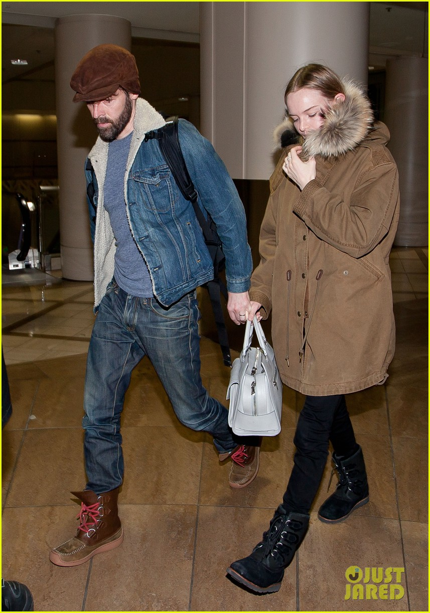 kate bosworth lax arrivial with michael polish 082805267