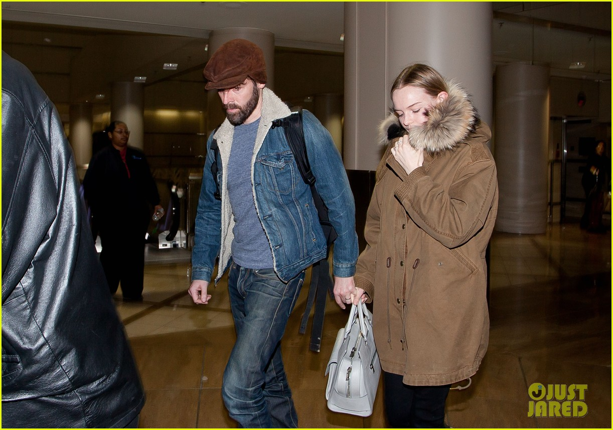 kate bosworth lax arrivial with michael polish 09