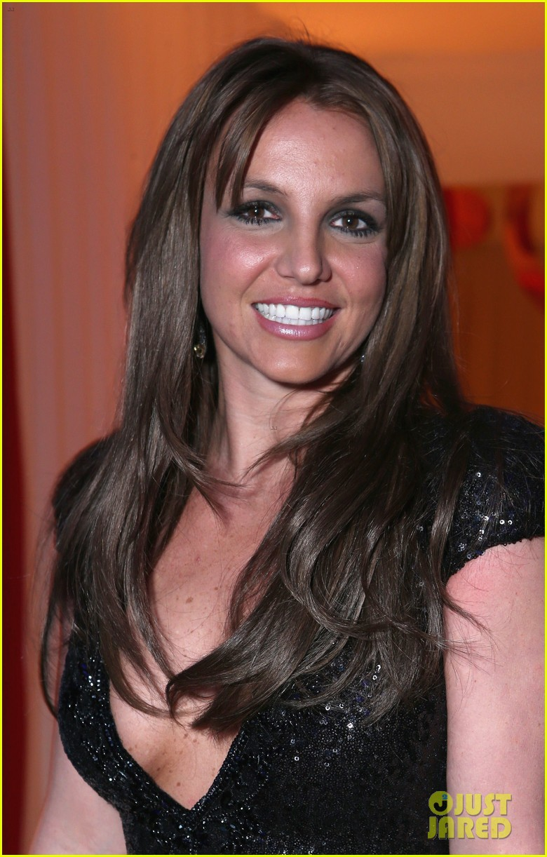 britney spears brown hair at elton john oscars party 2013 072820272