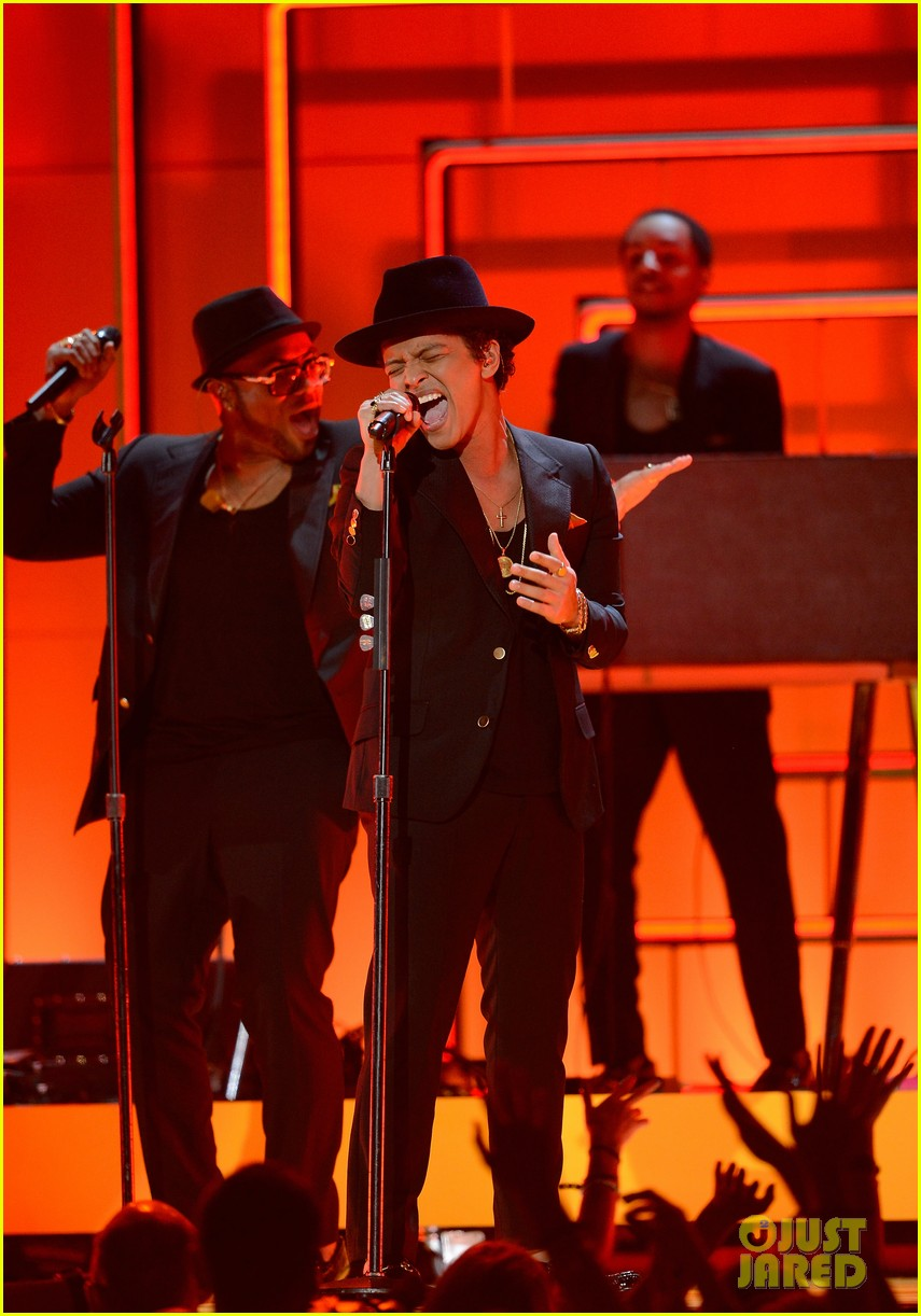 bruno mars sting grammys 2013 performance watch now 052809566