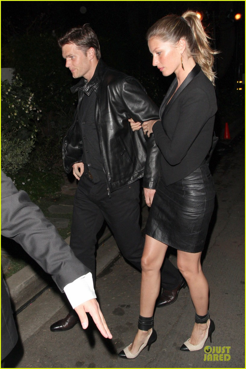 gisele bundchen tom brady pre oscar party in brentwood 012817674