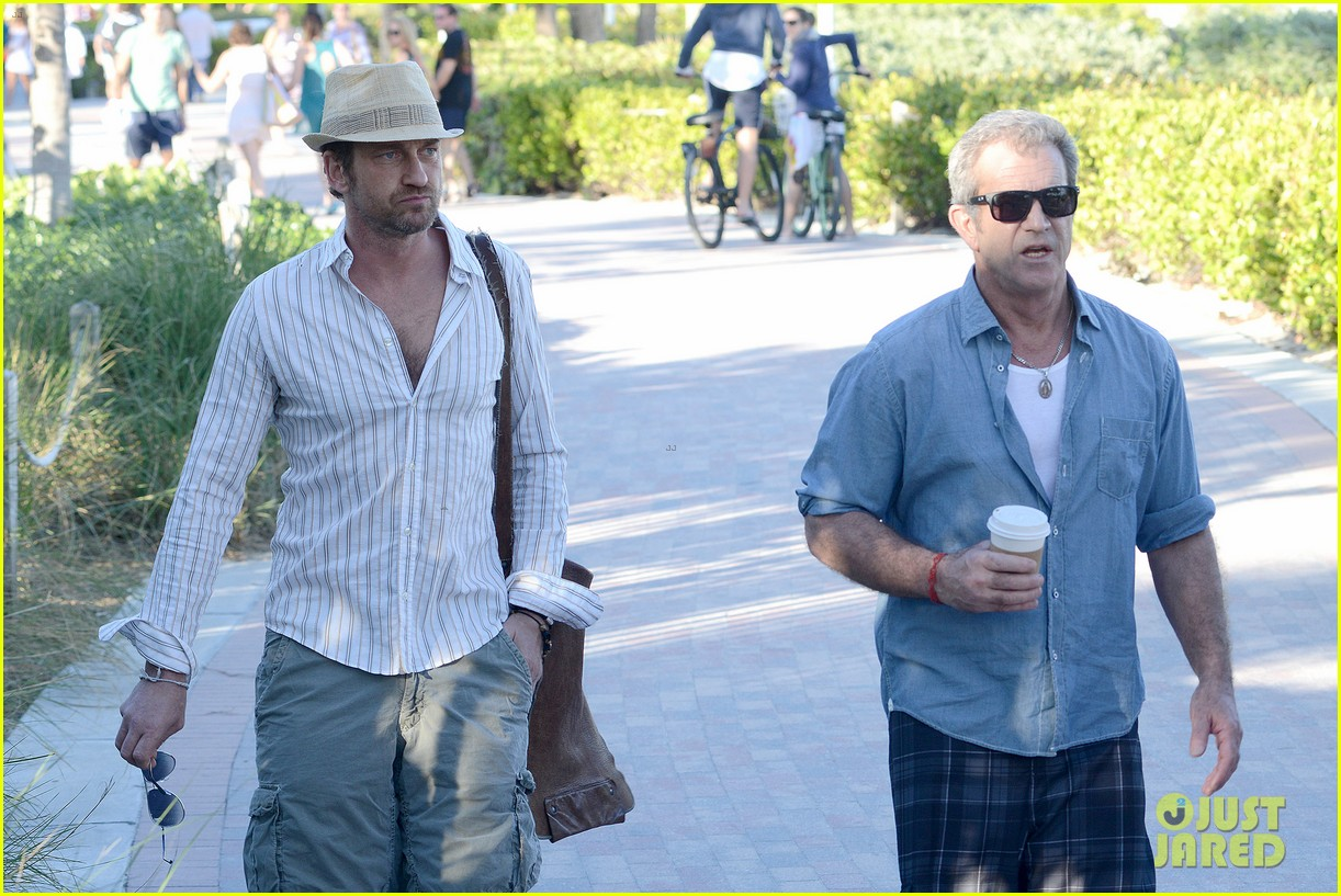 gerard butler mel gibson bromance continues 14