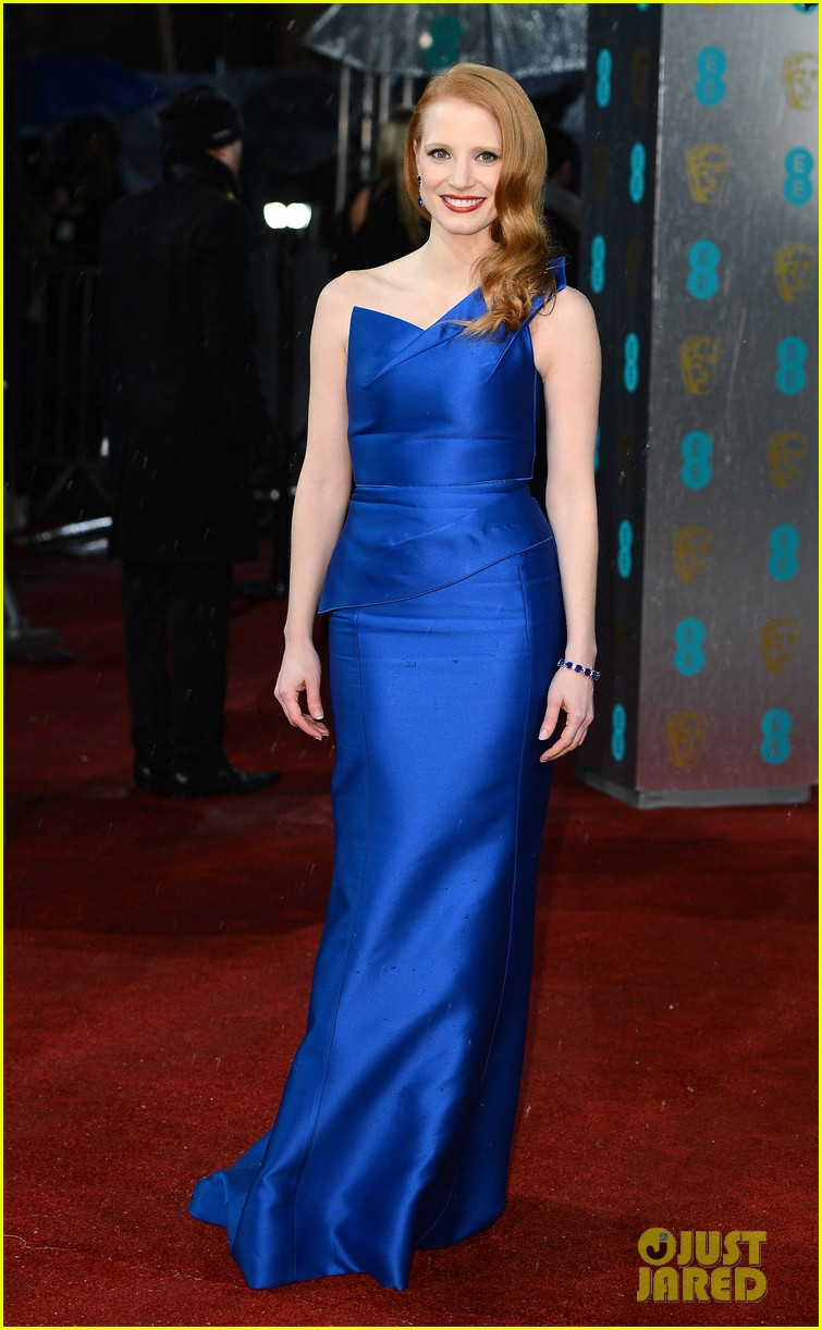 jessica chastain bafta red carpet 042808907