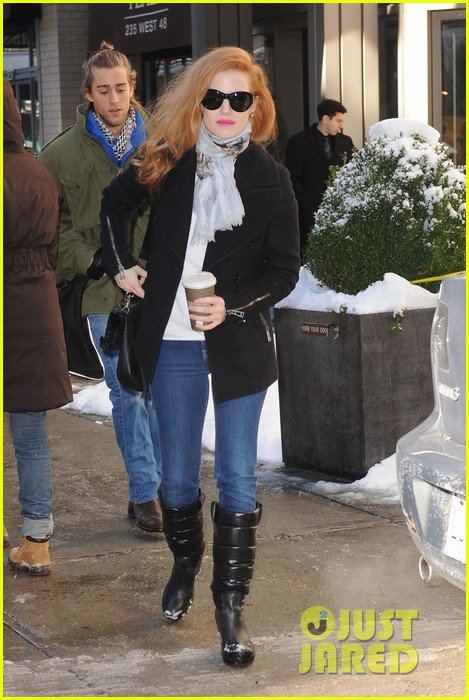 jessica chastain i support jennifer lawrence my fellow nominees 092808800