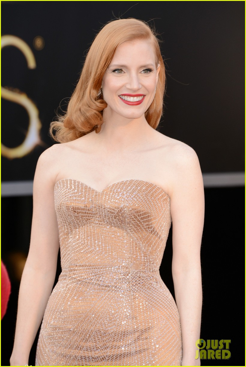 jessica chastain oscars 2013 red carpet 022818968