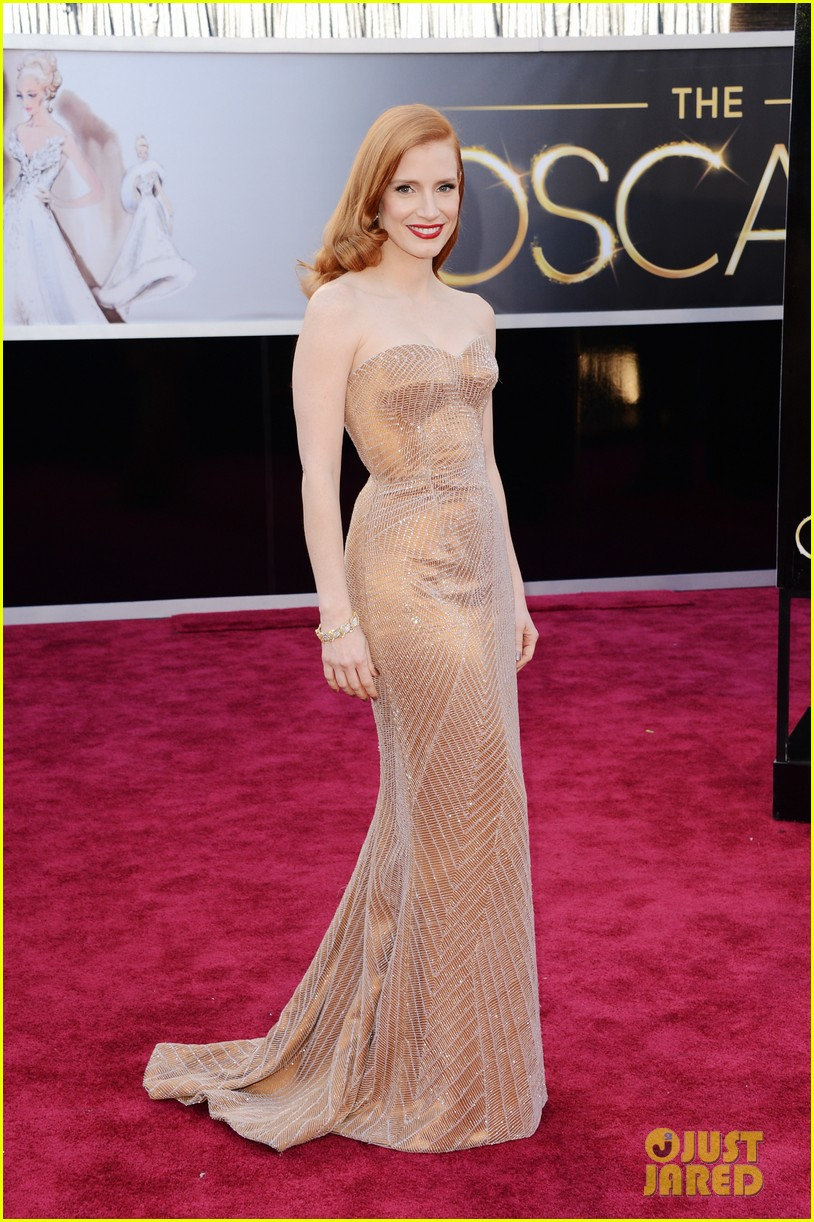 jessica chastain oscars 2013 red carpet 032818969