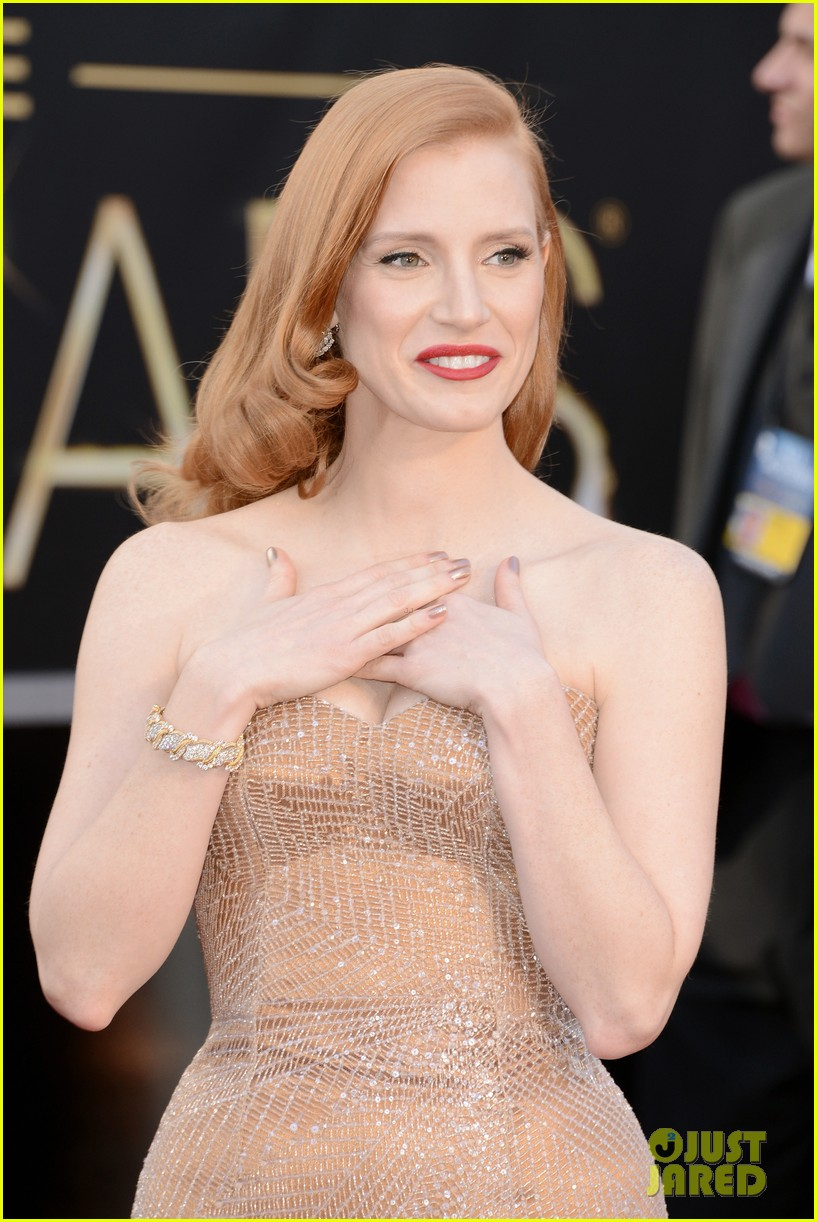 jessica chastain oscars 2013 red carpet 042818970
