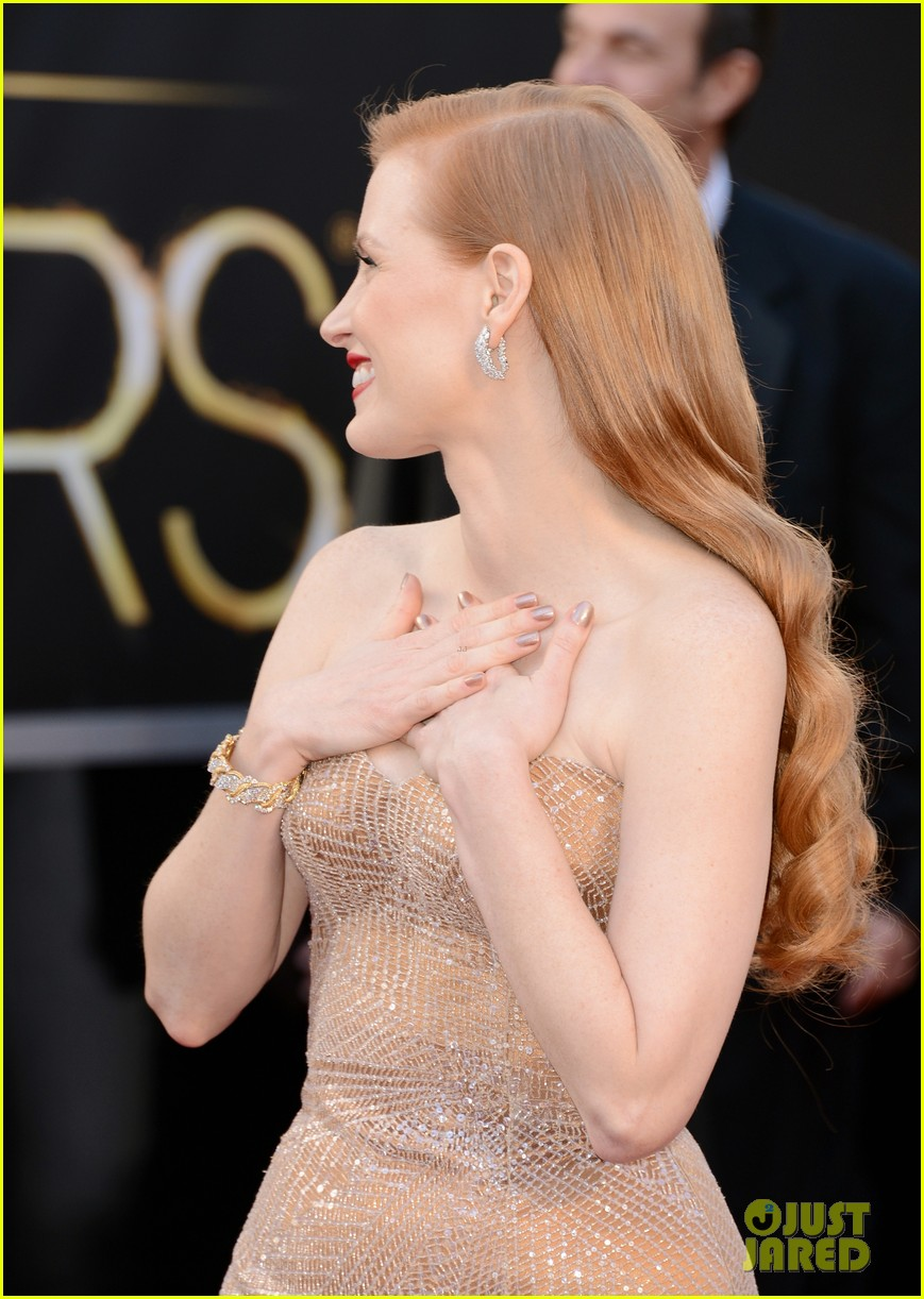 jessica chastain oscars 2013 red carpet 082818974