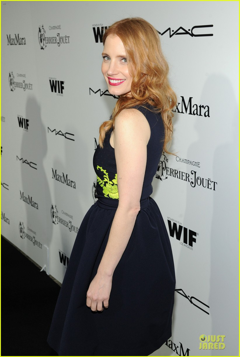jessica chastain daniel radcliffe women in film pre oscar cocktail party 152817501