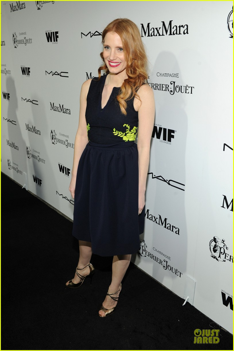 jessica chastain daniel radcliffe women in film pre oscar cocktail party 172817503