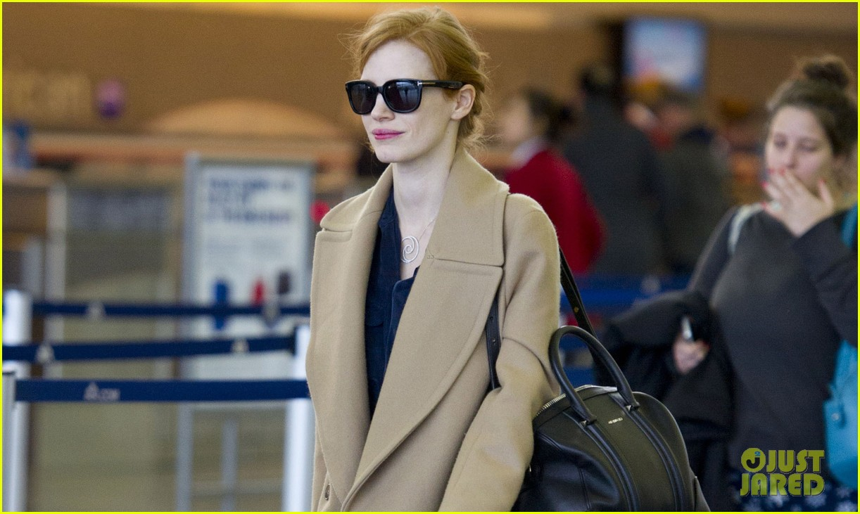 jessica chastain thanks fans for support during award season 022822260