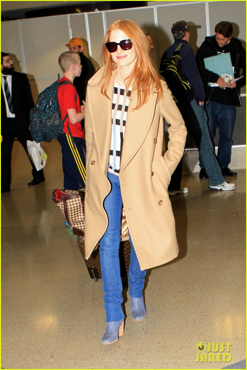 jessica chastain touches down in los angeles 022812987