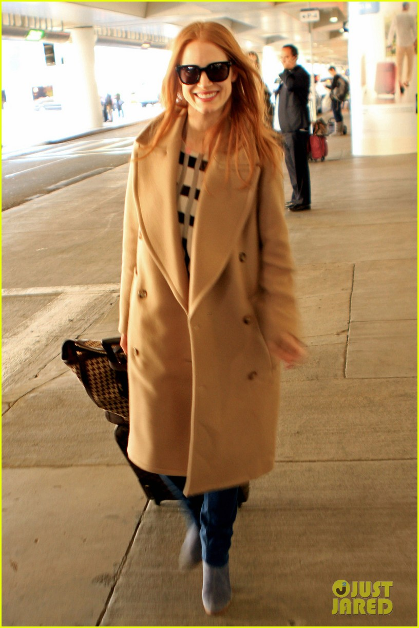 jessica chastain touches down in los angeles 042812989