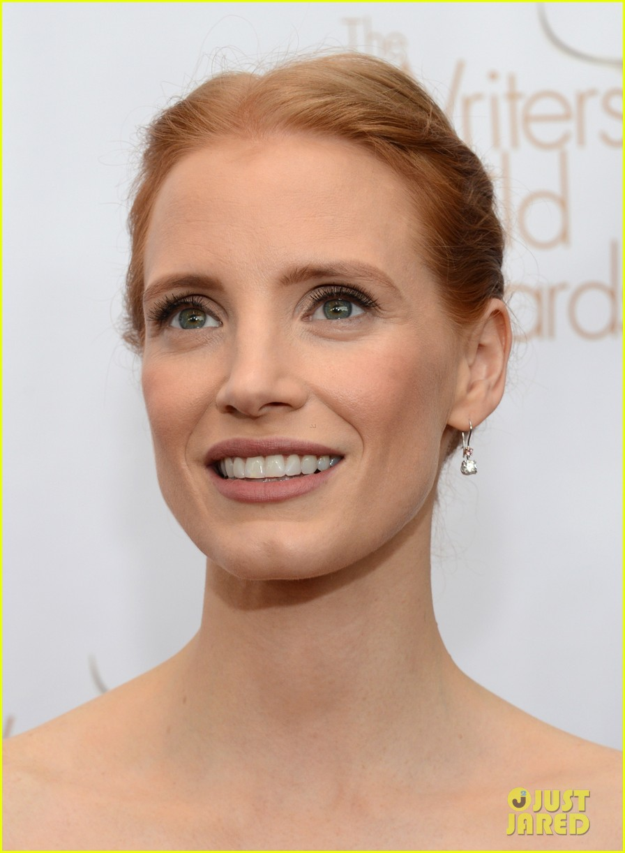jessica chastain writers guild awards 2013 red carpet 012814265