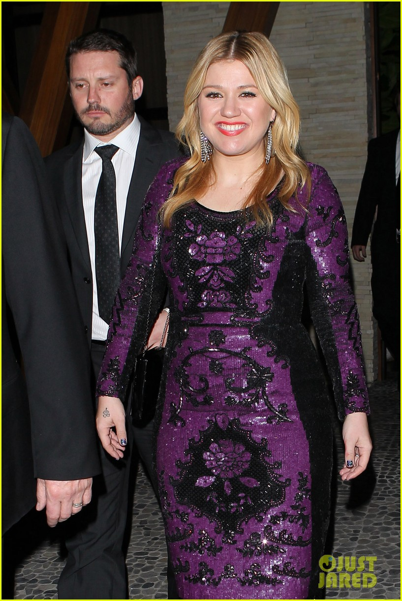 kelly clarkson adele sony music grammy after party 042809901