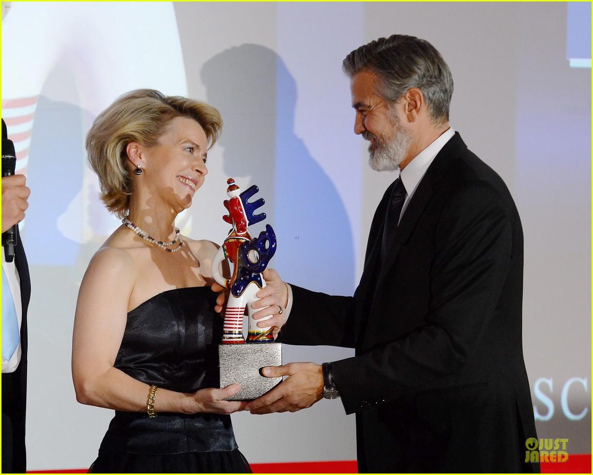 george clooney deutscher medienpreis award honoree 062821434