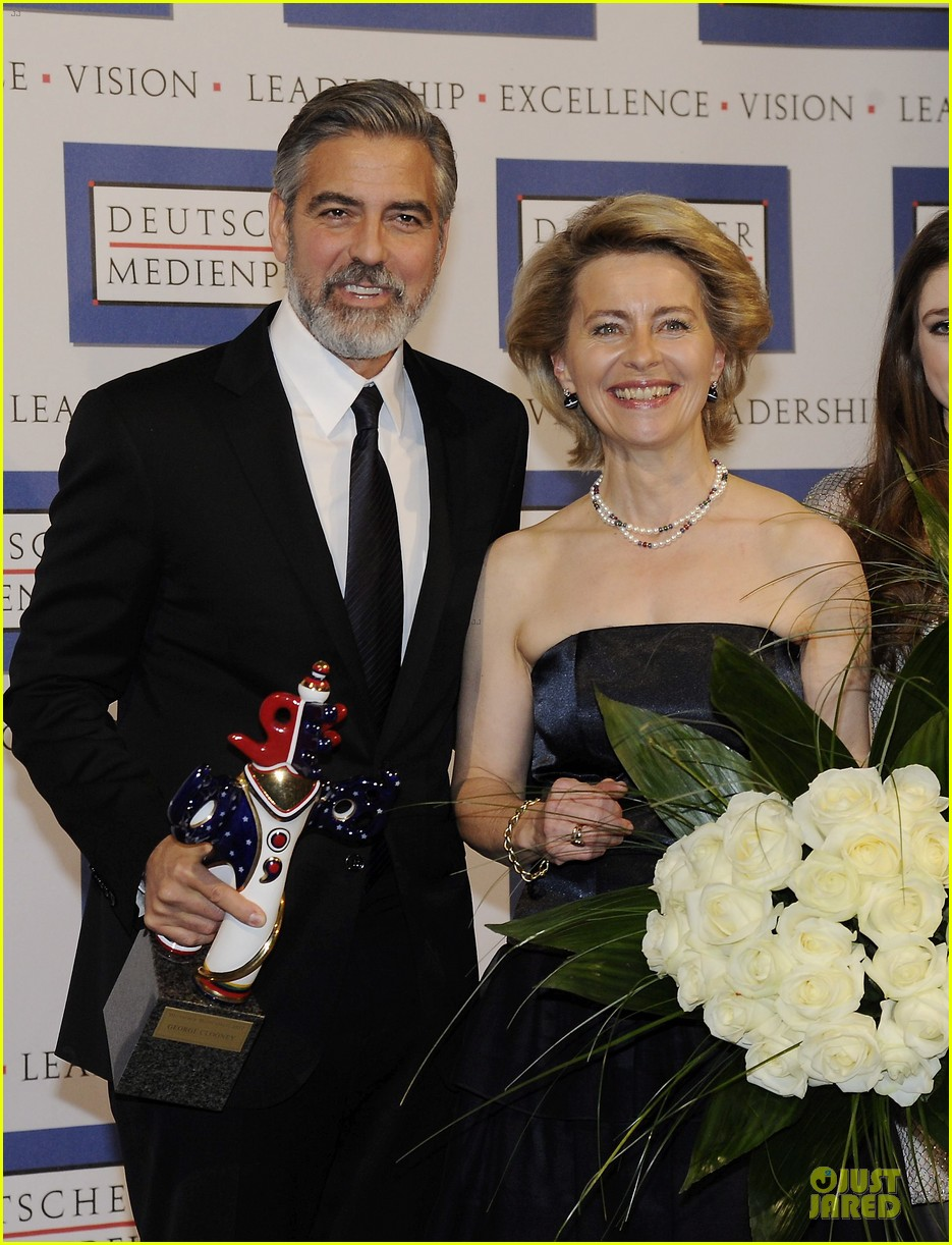 george clooney deutscher medienpreis award honoree 102821438