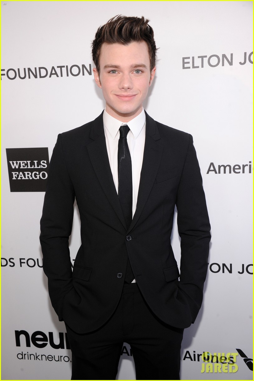 chris colfer matthew morrison elton john oscars party 2013 042819350