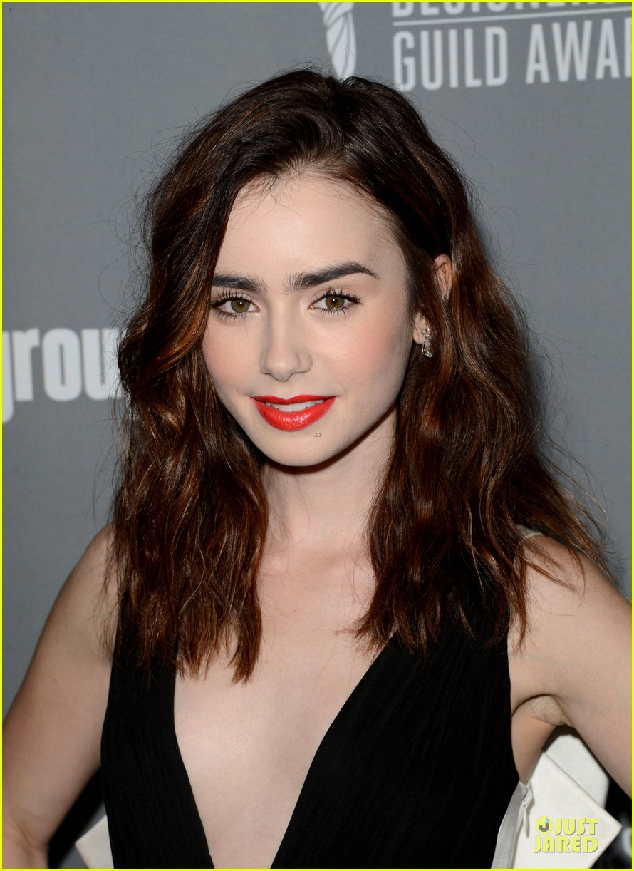 lily collins ashley madekwe cdg awards 2013 red carpet 08