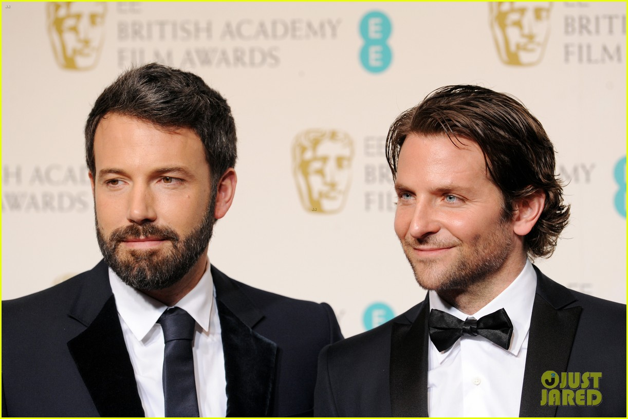 bradley cooper baftas 2013 red carpet 082808949